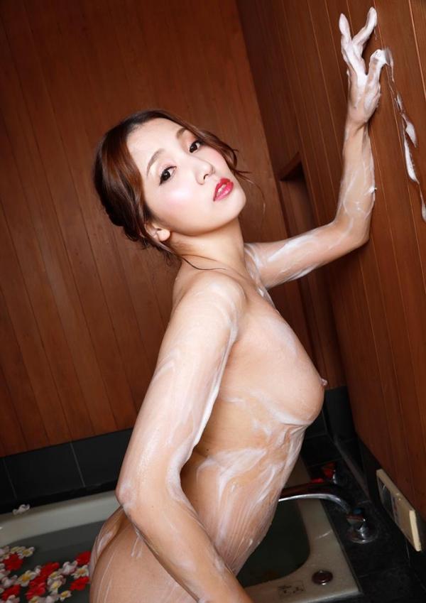 妖艶な三十路美女 友田彩也香 ヌード画像60枚のb027枚目