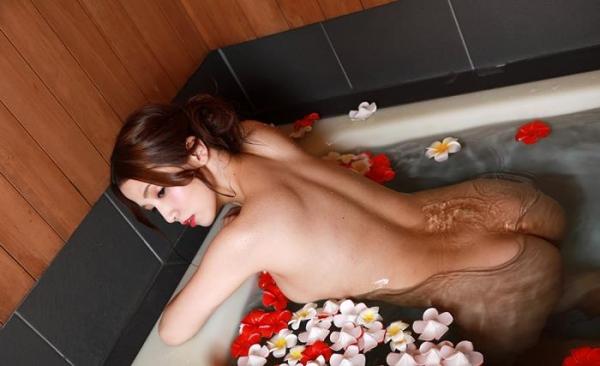 妖艶な三十路美女 友田彩也香 ヌード画像60枚のb033枚目