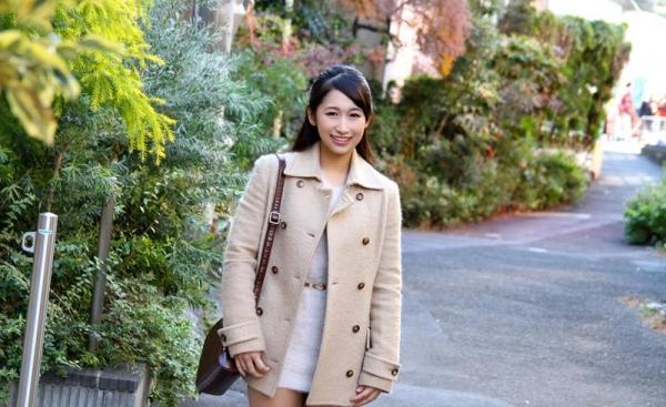 椿井えみ(つばいえみ)キュートな笑顔のスケベ娘エロ画像80枚の01枚目