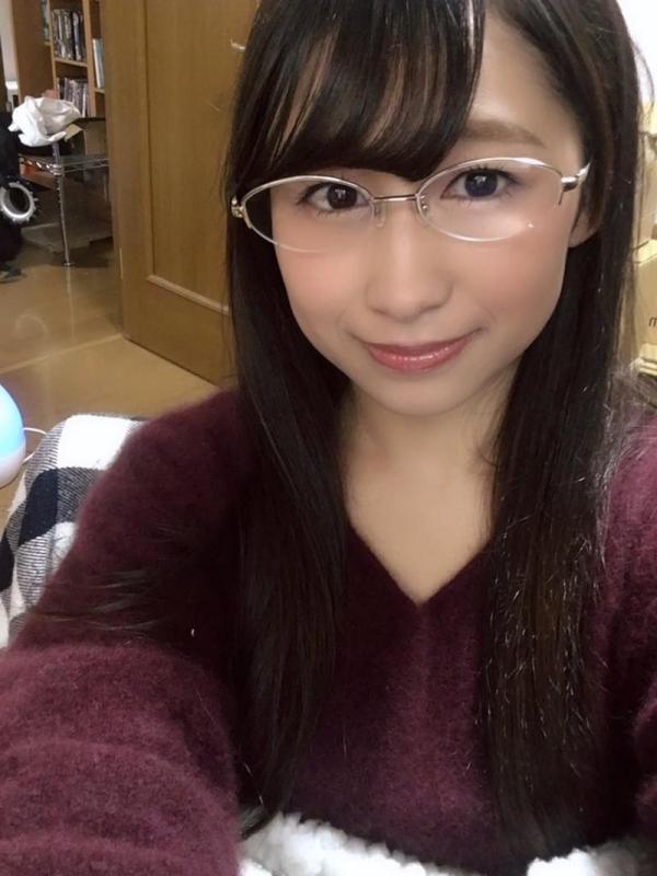 椿井えみ(つばいえみ)キュートな笑顔のスケベ娘エロ画像80枚の79枚目