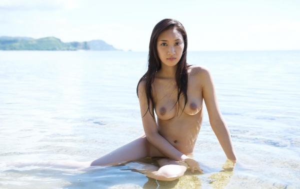 辻本杏 エキゾチックな美人のヌード画像140枚の047枚目