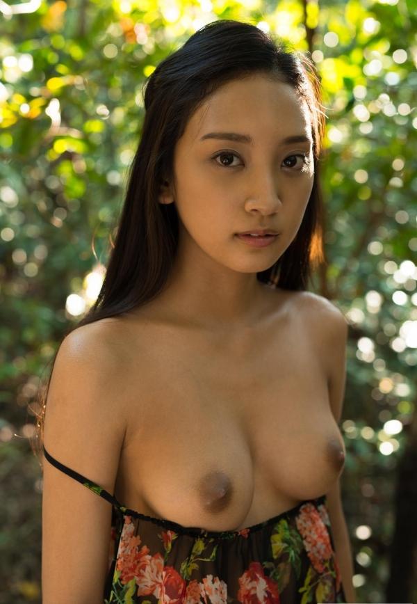 辻本杏 ヌード画像110枚のa029番
