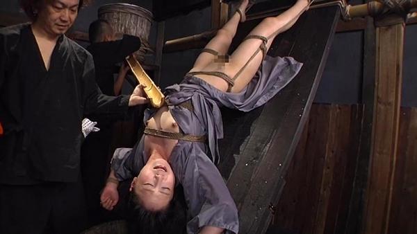 月野ゆりあ M女な淫乱娘のセックス画像107枚のe008番