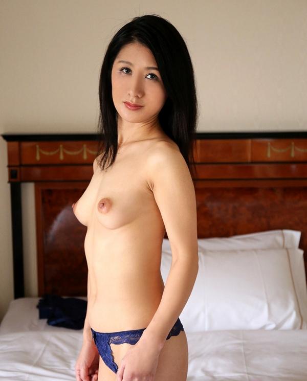 四十路美熟女 植木翔子 もう一度女に戻りたくて・・・エロ画像65枚のa007枚目