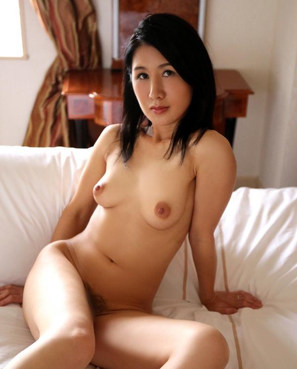 四十路美熟女 植木翔子 もう一度女に戻りたくて・・・エロ画像65枚のa011枚目