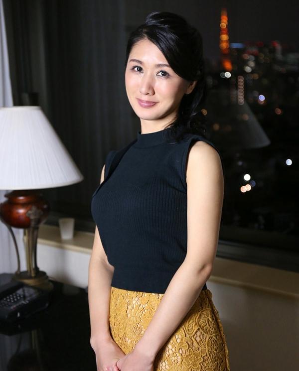 四十路美熟女 植木翔子 もう一度女に戻りたくて・・・エロ画像65枚のa023枚目