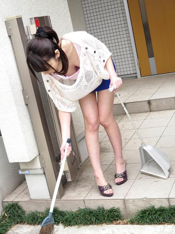 アラフォー熟女 臼井さと美さん「くぱぁ〜」しまくる。画像60枚の003枚目