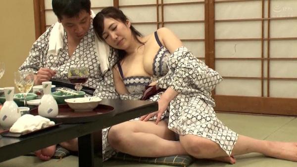 若月みいな(若槻みづな)Jカップ爆乳美女エロ画像87枚のe003枚目