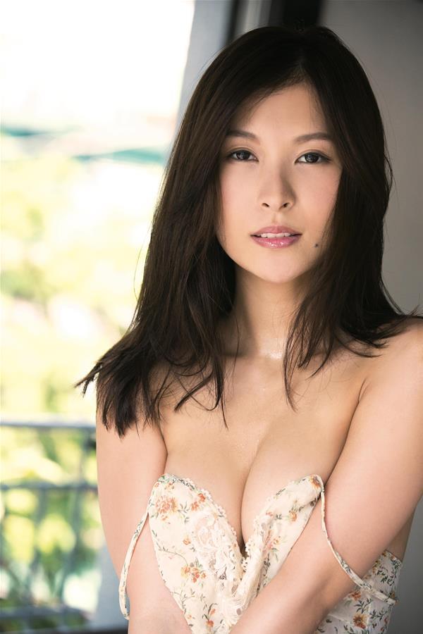 和久井雅子 妖艶な色気を放つグラビアアイドル画像60枚のa01枚目