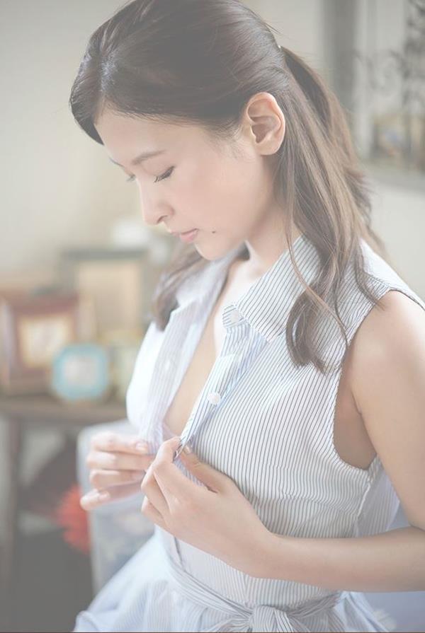 和久井雅子 妖艶な色気を放つグラビアアイドル画像60枚のb01枚目