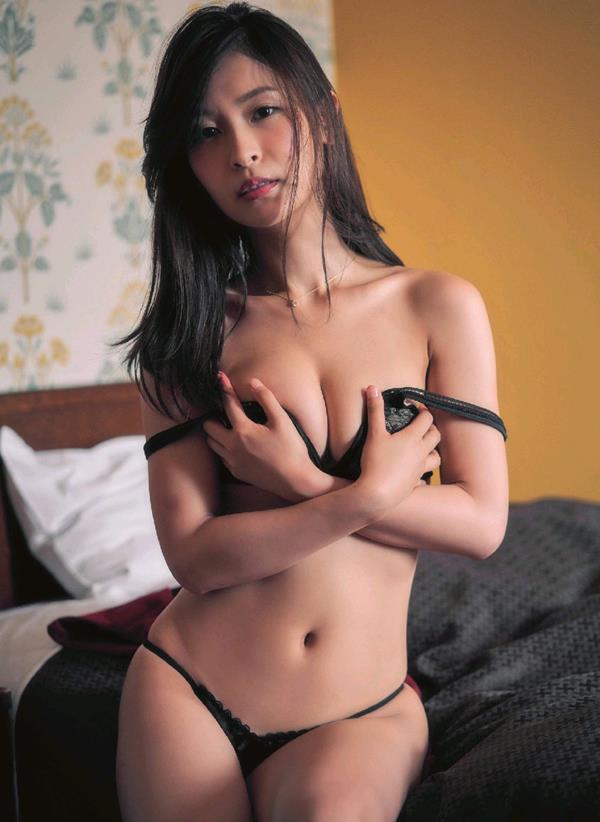 和久井雅子 妖艶な色気を放つグラビアアイドル画像60枚のb33枚目
