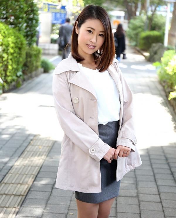 吉田花(有村史子)スレンダー巨乳美女エロ画像56枚のa001枚目