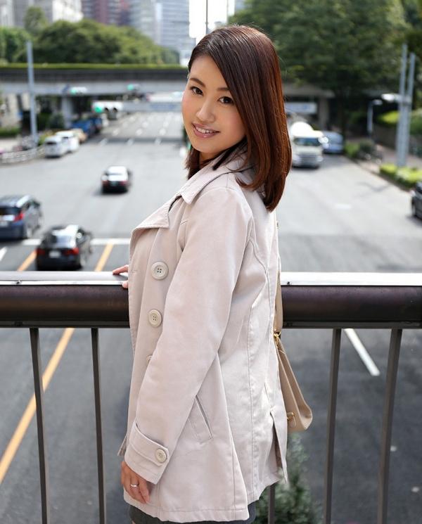 吉田花(有村史子)スレンダー巨乳美女エロ画像56枚のa004枚目