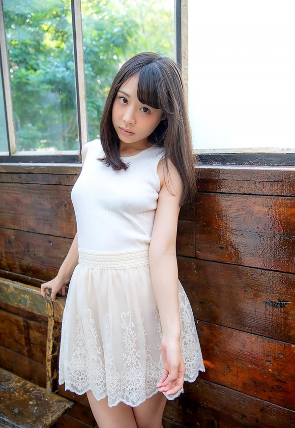 吉岡ひより 超敏感スリムボディの美少女ヌード画像120枚のb094枚目