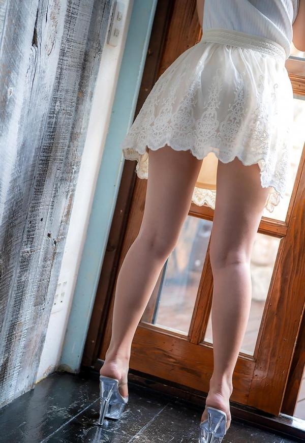 吉岡ひより 超敏感スリムボディの美少女ヌード画像120枚のb096枚目