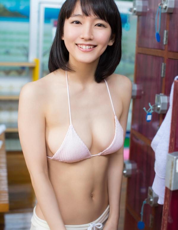 吉岡里帆(よしおかりほ)水着画像009