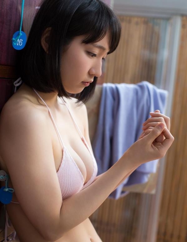吉岡里帆(よしおかりほ)水着画像014