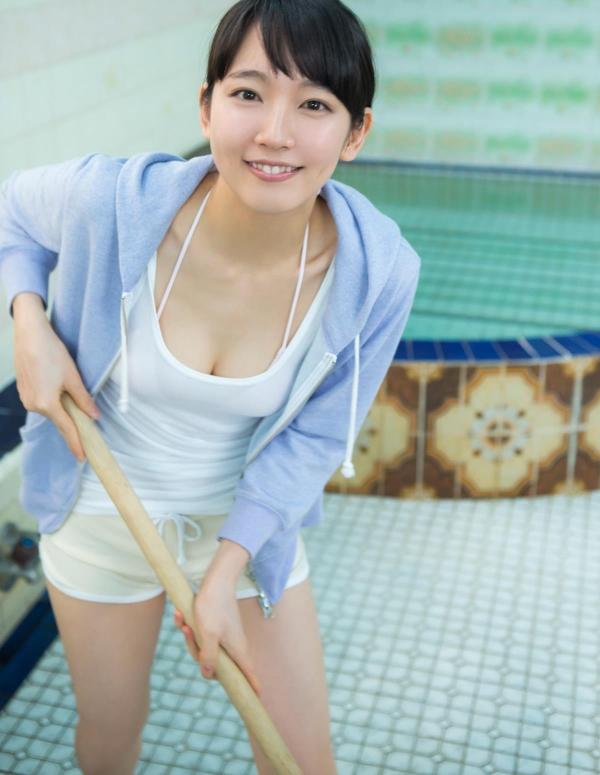 吉岡里帆(よしおかりほ)水着画像022