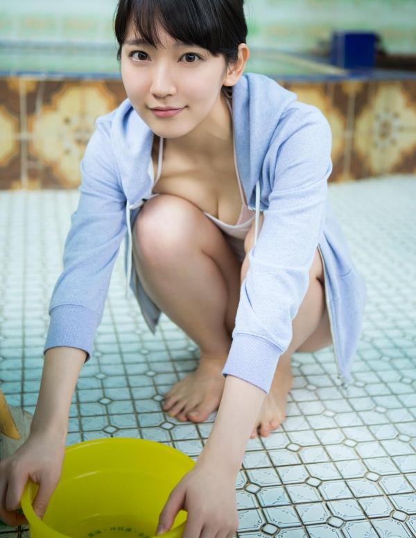 吉岡里帆(よしおかりほ)水着画像023