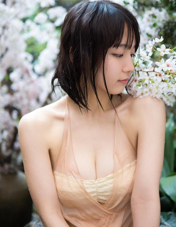 吉岡里帆(よしおかりほ)水着画像059