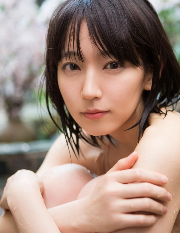 吉岡里帆(よしおかりほ)水着画像064