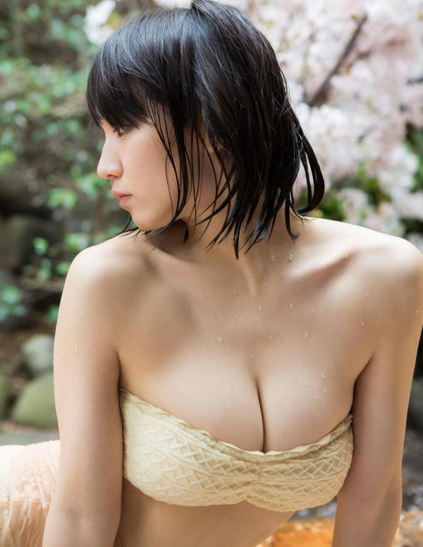 吉岡里帆(よしおかりほ)水着画像069