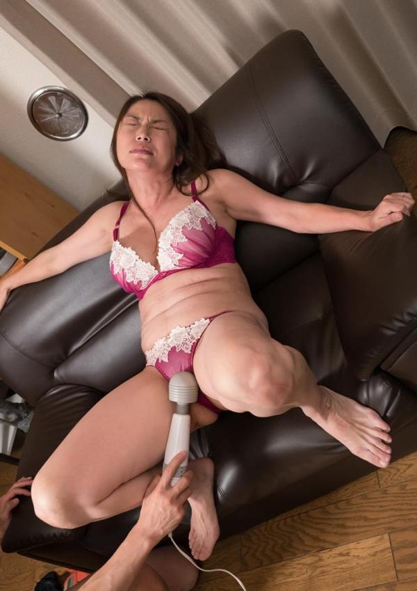 熟女エロ画像 四十路を過ぎて更に性欲が強くなった奥様 No.2 80枚の025枚目