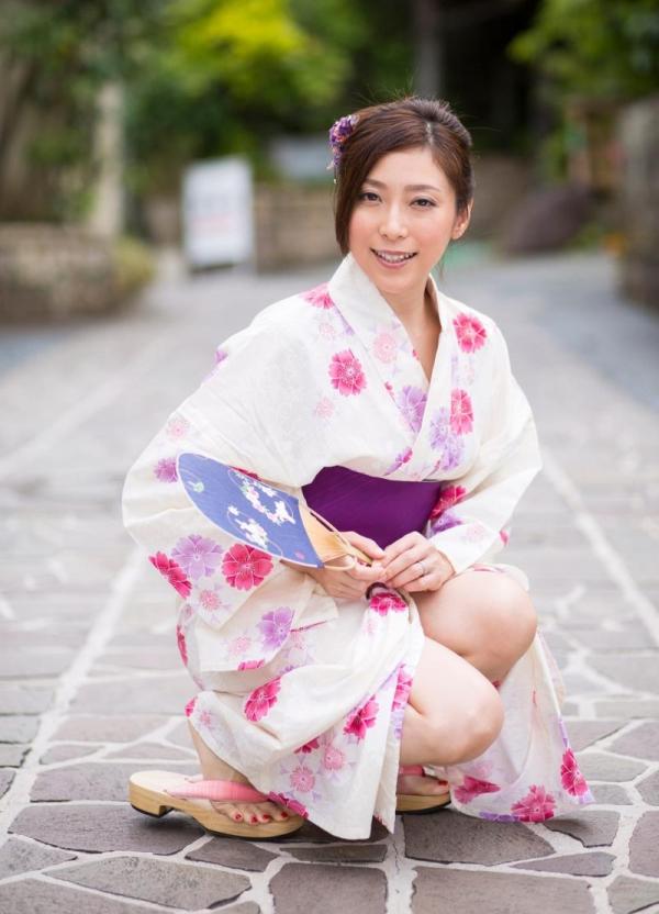 妖艶な熟女のしっとり浴衣姿 白木優子ヌード画像67枚の003枚目