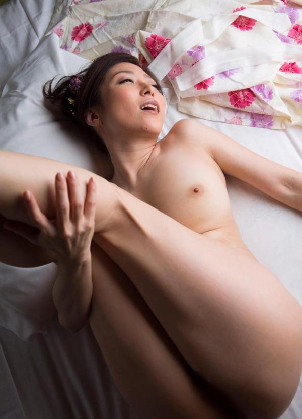 妖艶な熟女のしっとり浴衣姿 白木優子ヌード画像67枚の051枚目