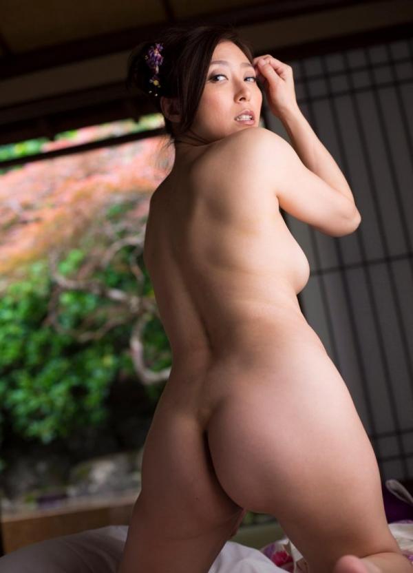 妖艶な熟女のしっとり浴衣姿 白木優子ヌード画像67枚の060枚目