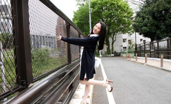 優木カリナ 黒髪ロングのスレンダー美女エロ画像90枚の003枚目