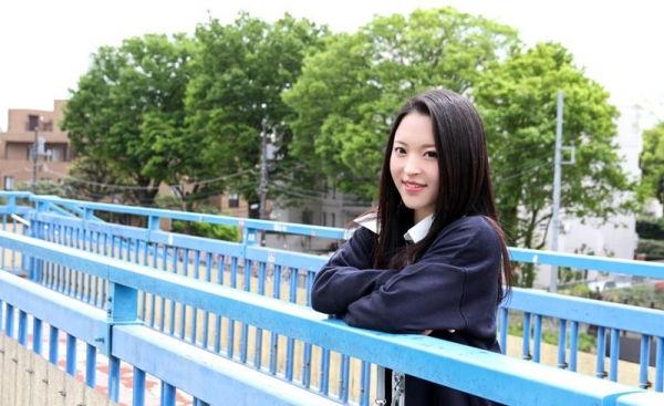 優木カリナ 黒髪ロングのスレンダー美女エロ画像90枚の006枚目