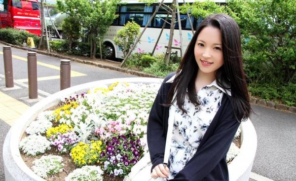 優木カリナ 黒髪ロングのスレンダー美女エロ画像90枚の008枚目
