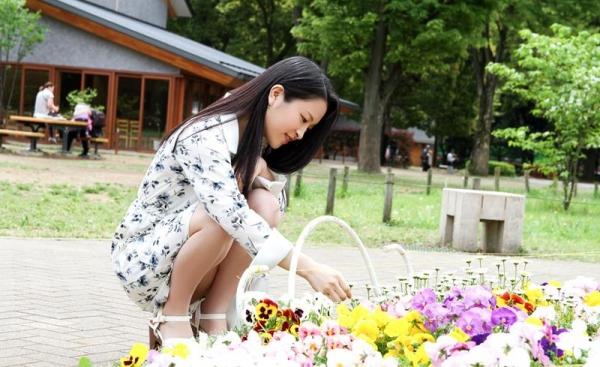 優木カリナ 黒髪ロングのスレンダー美女エロ画像90枚の011枚目