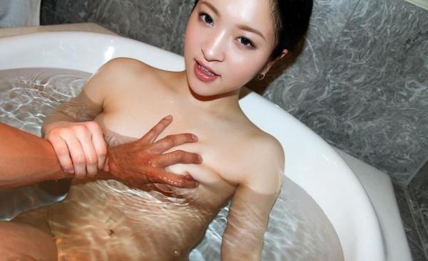 優木カリナ 黒髪ロングのスレンダー美女エロ画像90枚の080枚目
