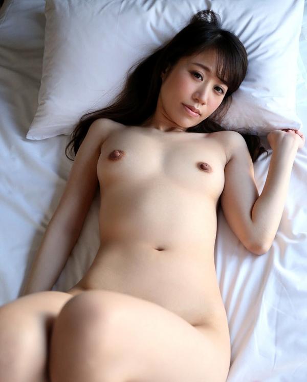雪乃凛央(ゆきのりお) 元保育士のセクシー美女エロ画像56枚のb009枚目