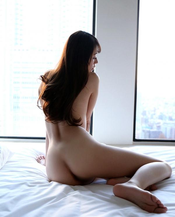 雪乃凛央(ゆきのりお) 元保育士のセクシー美女エロ画像56枚のb010枚目