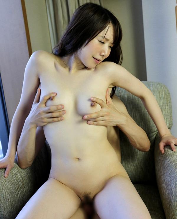湯本珠未(水嶋優香)敏感過ぎるEカップ人妻エロ画像54枚の033枚目