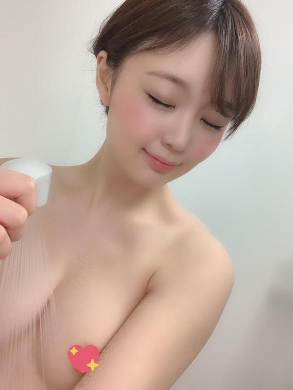 結城のの スレンダー美巨乳な美女エロ画像59枚のa17枚目