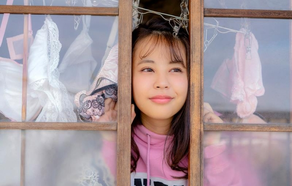 夕美しおん(ゆうみしおん)爆乳美少女エロ画像124枚のb065枚目