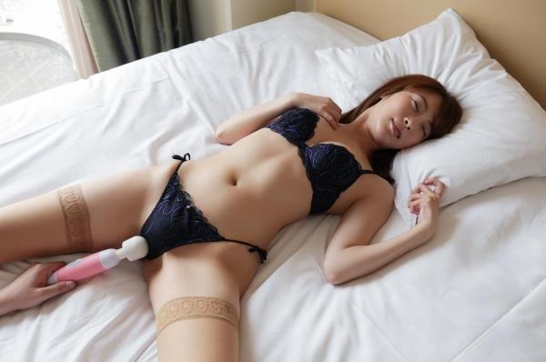 愛撫し合ってるセックス画像 前戯で求め合う男女120枚の078枚目
