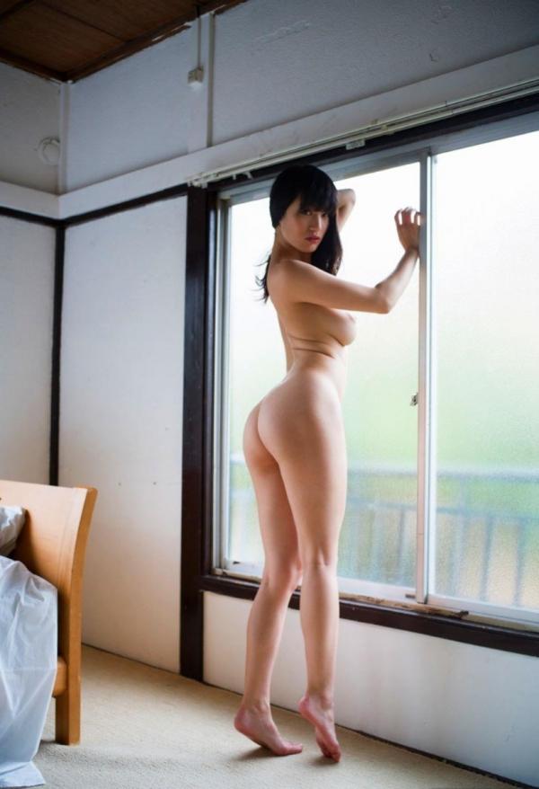 オールヌード画像 全裸すっぱだかの美女140枚の127枚目