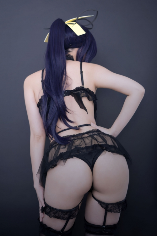 Hana Bunny 巨乳コスプレイヤー 34