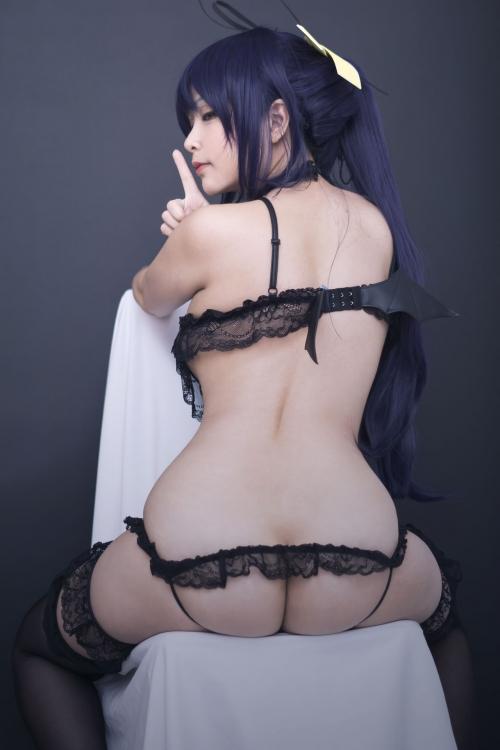 Hana Bunny 巨乳コスプレイヤー 38