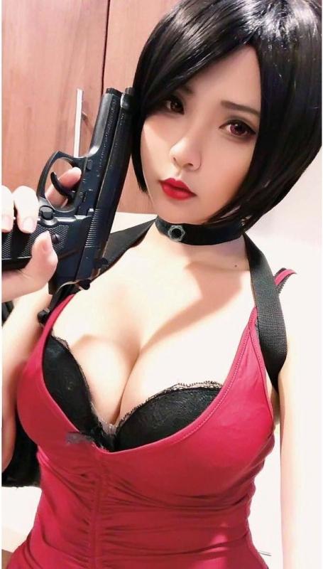 Hana Bunny 巨乳コスプレイヤー 84