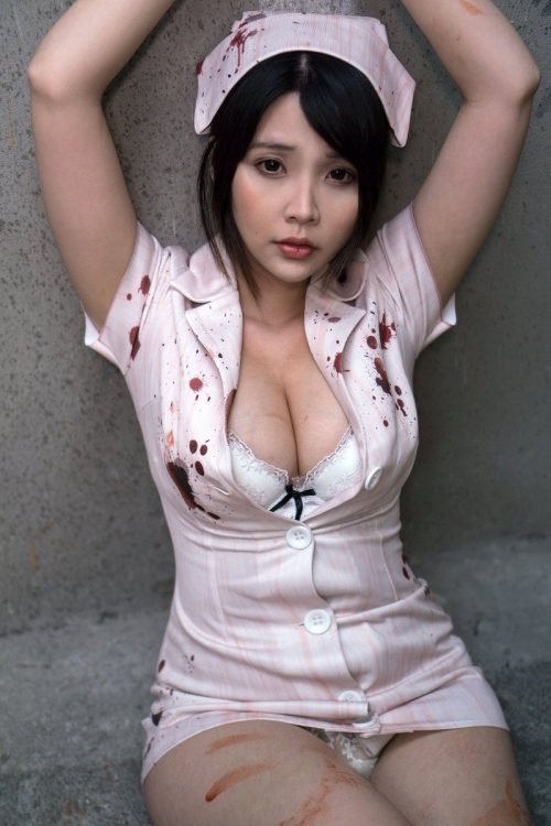 Hana Bunny 巨乳コスプレイヤー 94
