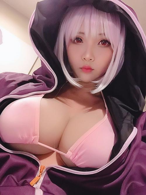 Hana Bunny 巨乳コスプレイヤー 104