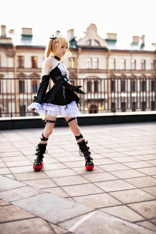 Rocksy Light Cosplayer 128