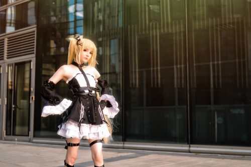 Rocksy Light Cosplayer 130