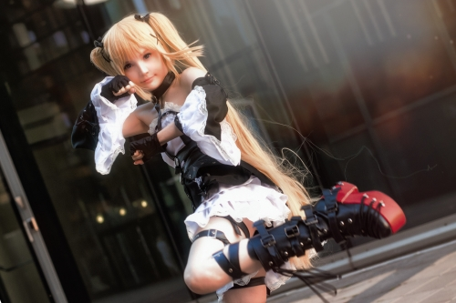 Rocksy Light Cosplayer 139